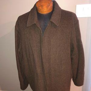 Beautiful brown Perry Ellis coat size xxl